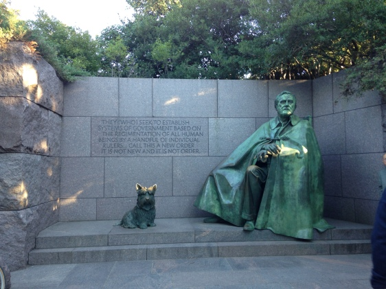 FDR and Fala, the only presidential dog to have his own monument.